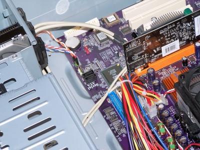 Come rimuovere qualsiasi unità rigido appena installato o Controller per Hard Disk