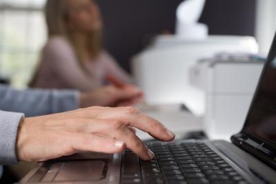 Come copiare e incollare senza il mouse
