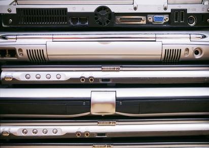 Come aggiungere più memoria a un computer portatile Toshiba A205 S500