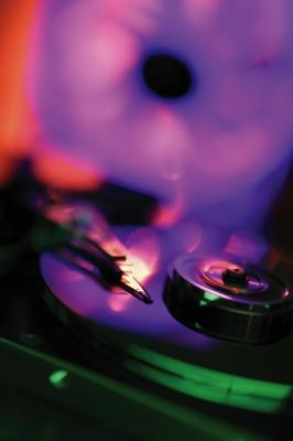 Bussare rumore in un disco rigido di MacBook