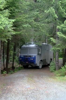 Come connettere a Internet su un computer portatile IBM ThinkPad 1300 durante un viaggio in un camper