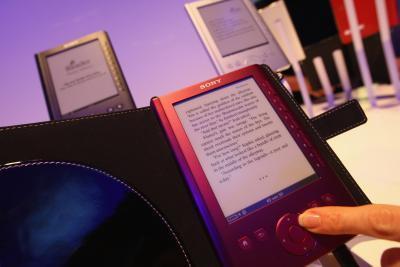 Come mettere i file PDF su un lettore di Sony