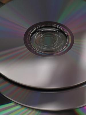 Come utilizzare Nero Burning ROM per copiare un CD
