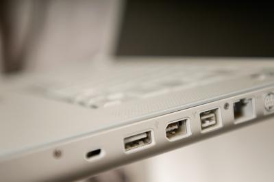 Come identificare alta velocità porte USB in un XP Dell
