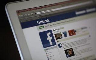 Come eliminare messaggi privati su Facebook