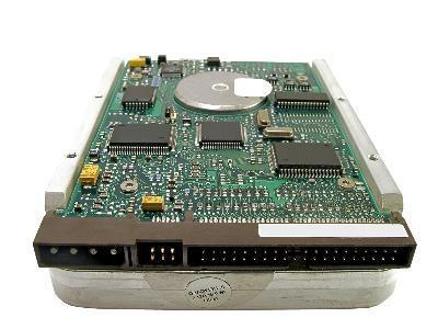 Come utilizzare un disco rigido vecchio in un nuovo computer