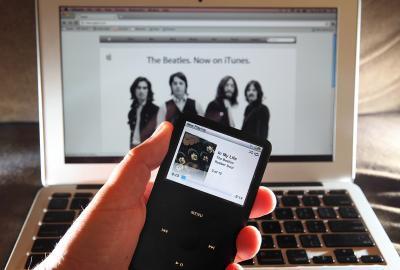 Come spostare musica da un iPod a iTunes su un Mac