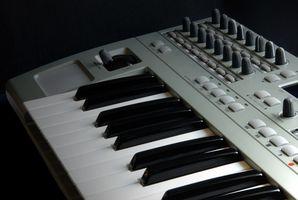 Come giocare una tastiera MIDI in Ubuntu Hardy