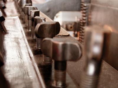 La definizione e scopo di trasduttori di vibrazione