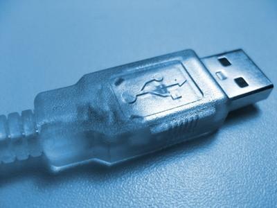 Come collegare una stampante wireless con un cavo USB