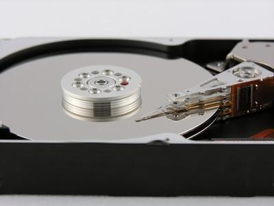 Come rimuovere disco rigido interno da un 2510p di HP