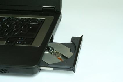 Come installare Windows Xp Pro su un Sony Vaio NR498E?