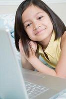 Come posso contattare Facebook per avere account eliminato di mia figlia?