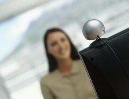 Come parlare con qualcuno su una webcam