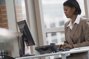 Come creare la lista di distribuzione di Outlook da Excel Spreadsheet