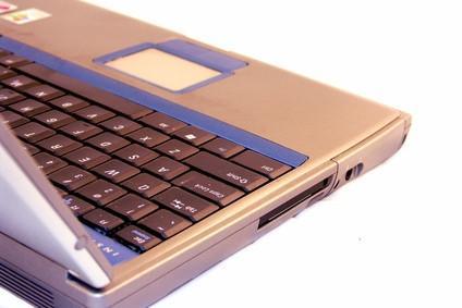 Come aprire un computer portatile Sony Vaio