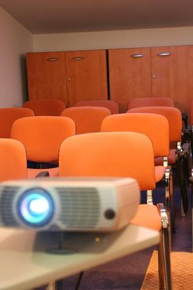 CRT Proiettori vs. Proiettore LCD