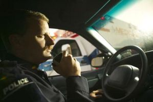 Come ascoltare la polizia frequenze su Internet