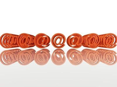 Come aggiungere più indirizzi email