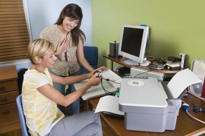 Come ricarica cartucce d'inchiostro su un HP OfficeJet 6500