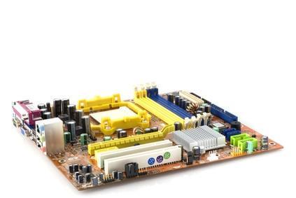 Come sostituire un Celeron scheda madre con un P4 dual-core della scheda madre