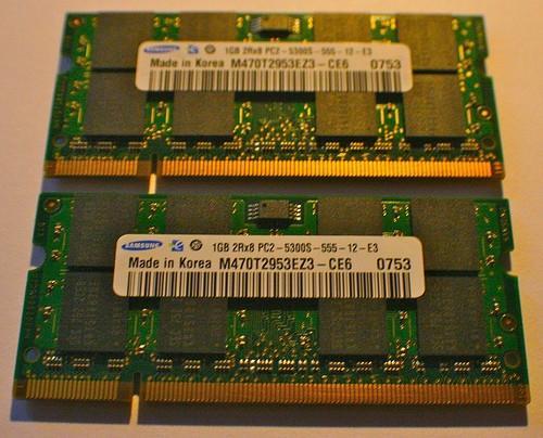 Qual è la differenza tra la RAM e la memoria in computer portatili?