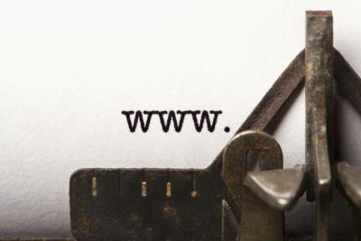 Quali sono le differenze tra .Com e .org in un indirizzo web?