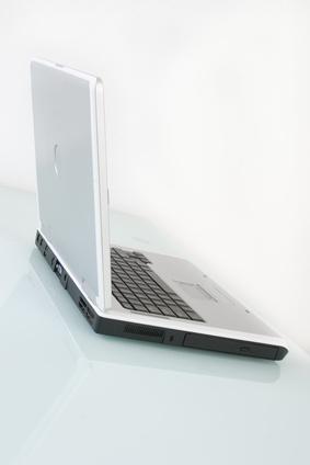 Come collegare un computer portatile ad un gruppo di lavoro