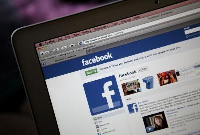 Come commentare un muro di Facebook