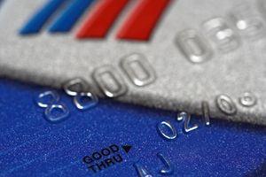 Come per comprare le cose online con una carta di debito