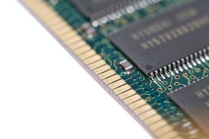 Qual è la differenza tra Buffered & Non-Buffered Computer RAM?