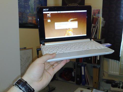 Qual è la differenza tra un notebook portatile & Mini?