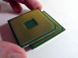 Come aggiornare la CPU per un Dell Inspiron 8200