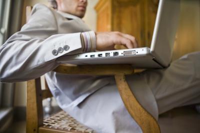 Come ottenere un Windows 7 computer portatile per passare in modalità provvisoria