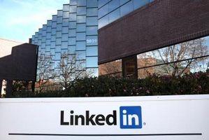 Come aggiungere aggiornamenti di Twitter a LinkedIn
