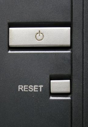 Come reimpostare un computer portatile alle impostazioni di fabbrica