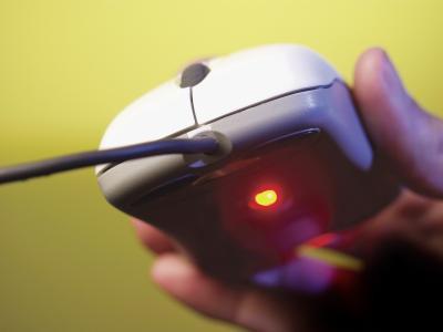 """Irregolare di mouse durante la riproduzione di """"Jewel Quest"""""""