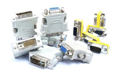 Che cosa è un adattatore DVI-VGA?