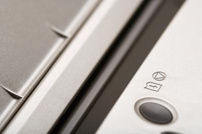 Come sostituire il tampone di inchiostro in un DX4200 Epson