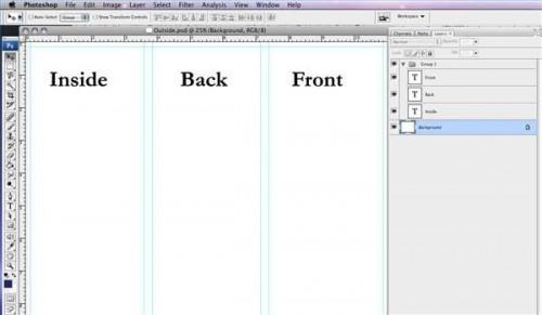 Come fare una brochure pieghevole a tre in Photoshop