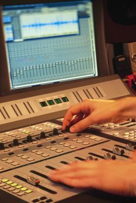 Come modificare l'altezza di uno strumento MIDI in Logic