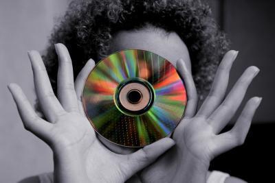 Qual è la differenza tra un DVD RAM Burner & bruciatore ROM?
