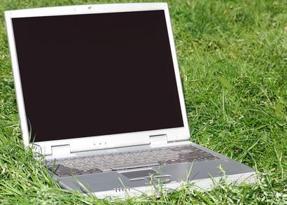 Le preoccupazioni di dumping Computer e monitor di computer nelle nostre discariche