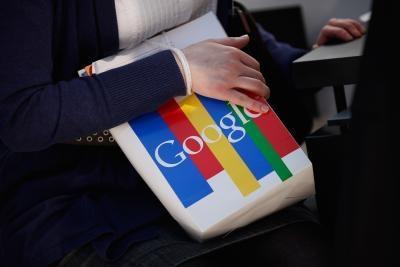 Come utilizzare Google Voice su una chiamata in conferenza