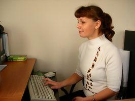 Come usare Facebook e MySpace per guidare le imprese al mio sito web