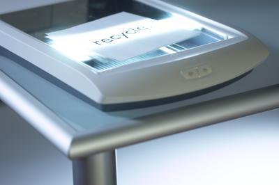 Come rimuovere un coperchio della lastra piana dello scanner pulire un Epson