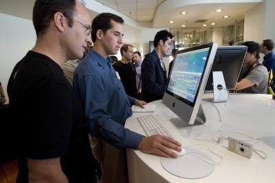 Come copiare e incollare con il mouse in un Apple Mac