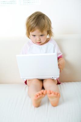 Insegnare bambini attraverso attività on-line