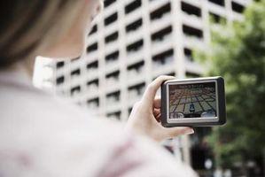 Come faccio a scaricare nuove mappe per il mio GPS?