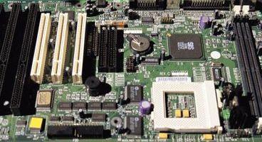 Quali sono alcuni problemi quando Condensatori computer sono Bad?